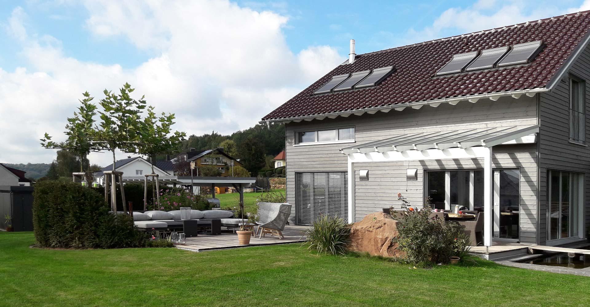gartenbau und landschaftsbau vom meisterbetrieb daniel. Black Bedroom Furniture Sets. Home Design Ideas