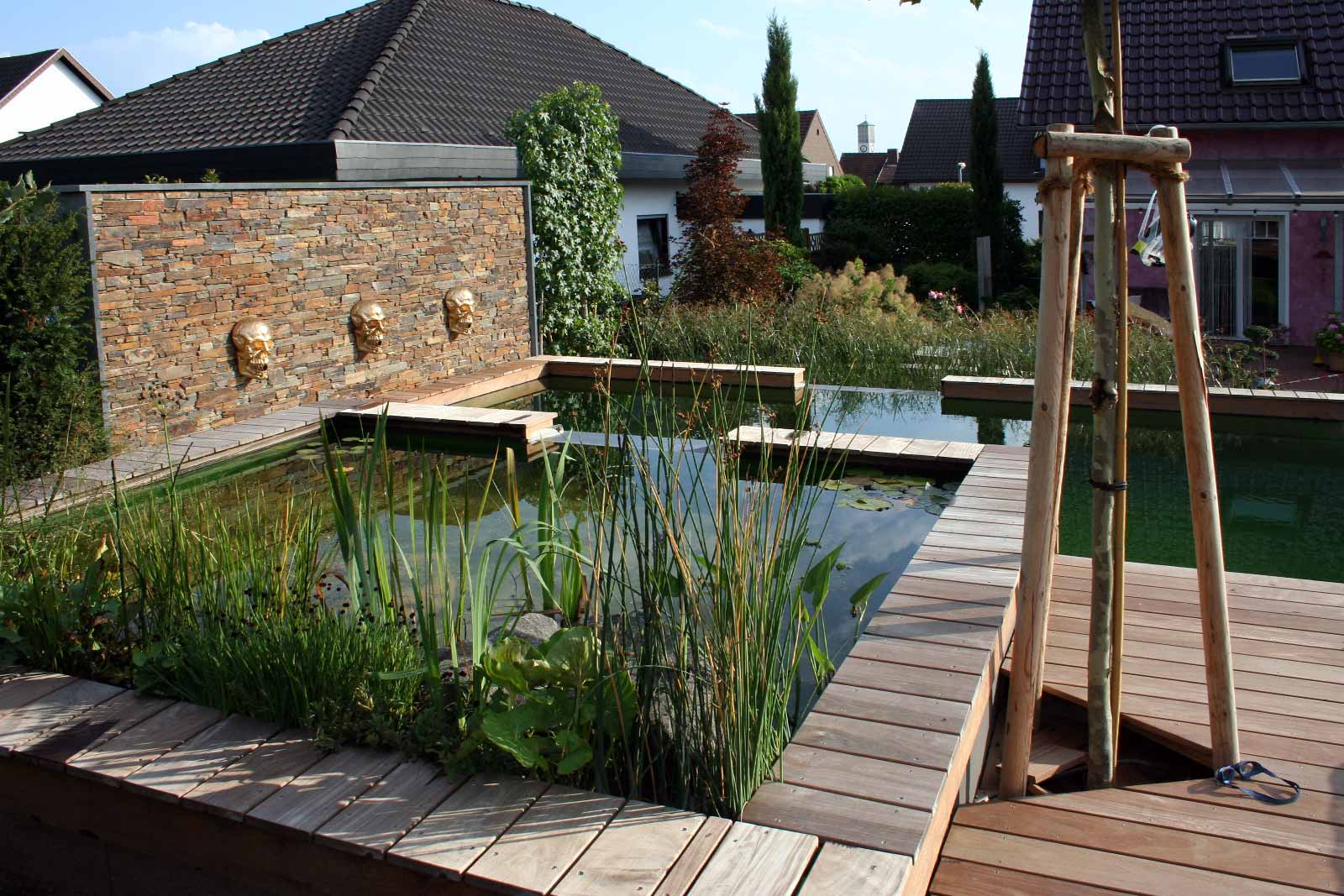 Naturpool in ruhiger Lage